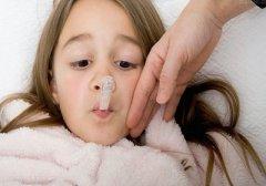 孩子支气管炎发烧咳嗽流鼻涕怎么办?